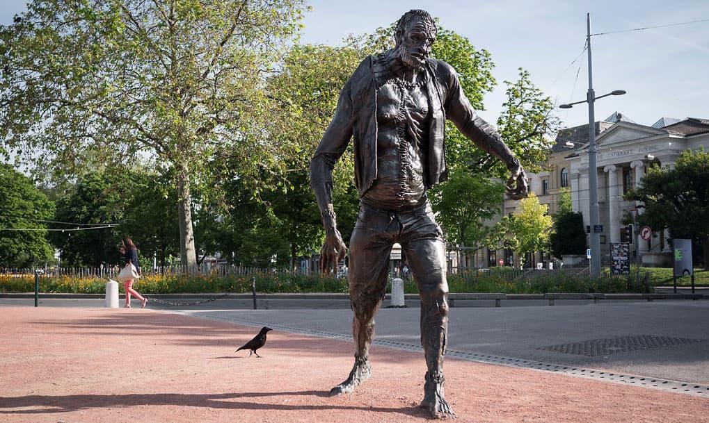 Frankenstein statue